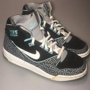 Nike Air Assault Shoes